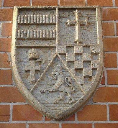 Hebammen-Lehranstalt links