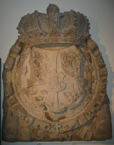 Dänisches Sandsteinwappen am Oldenburger Schloss